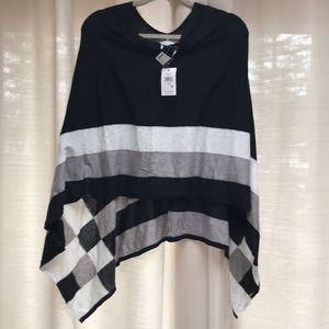 Calvin Klein knit poncho-one size